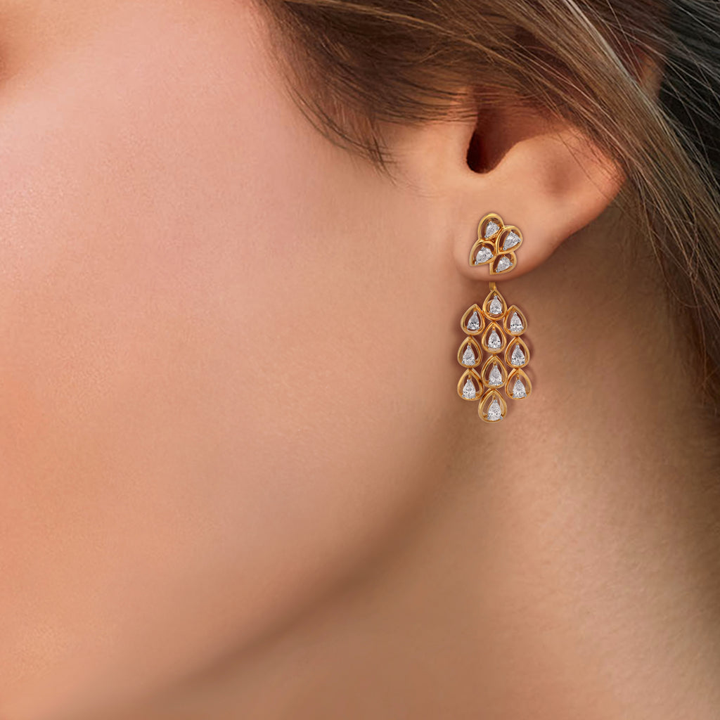 Freeflowing Patter Diamond Earrings