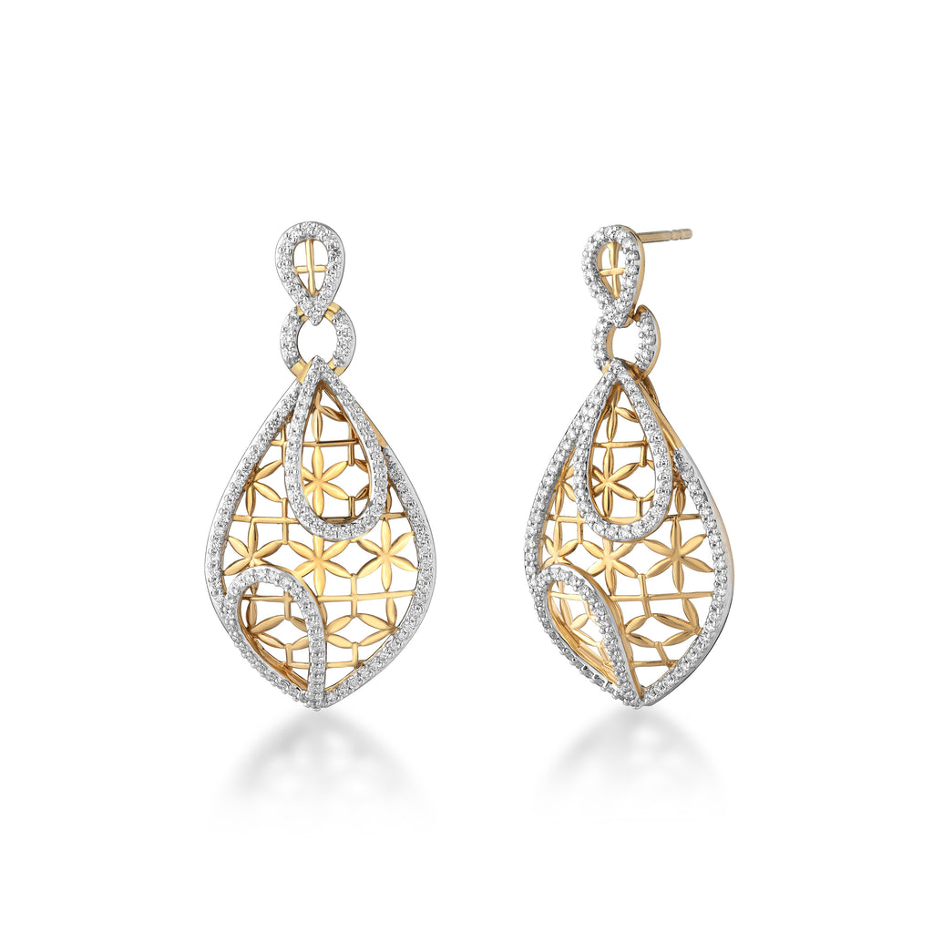 Starring You Eloquent Diamond Earrings