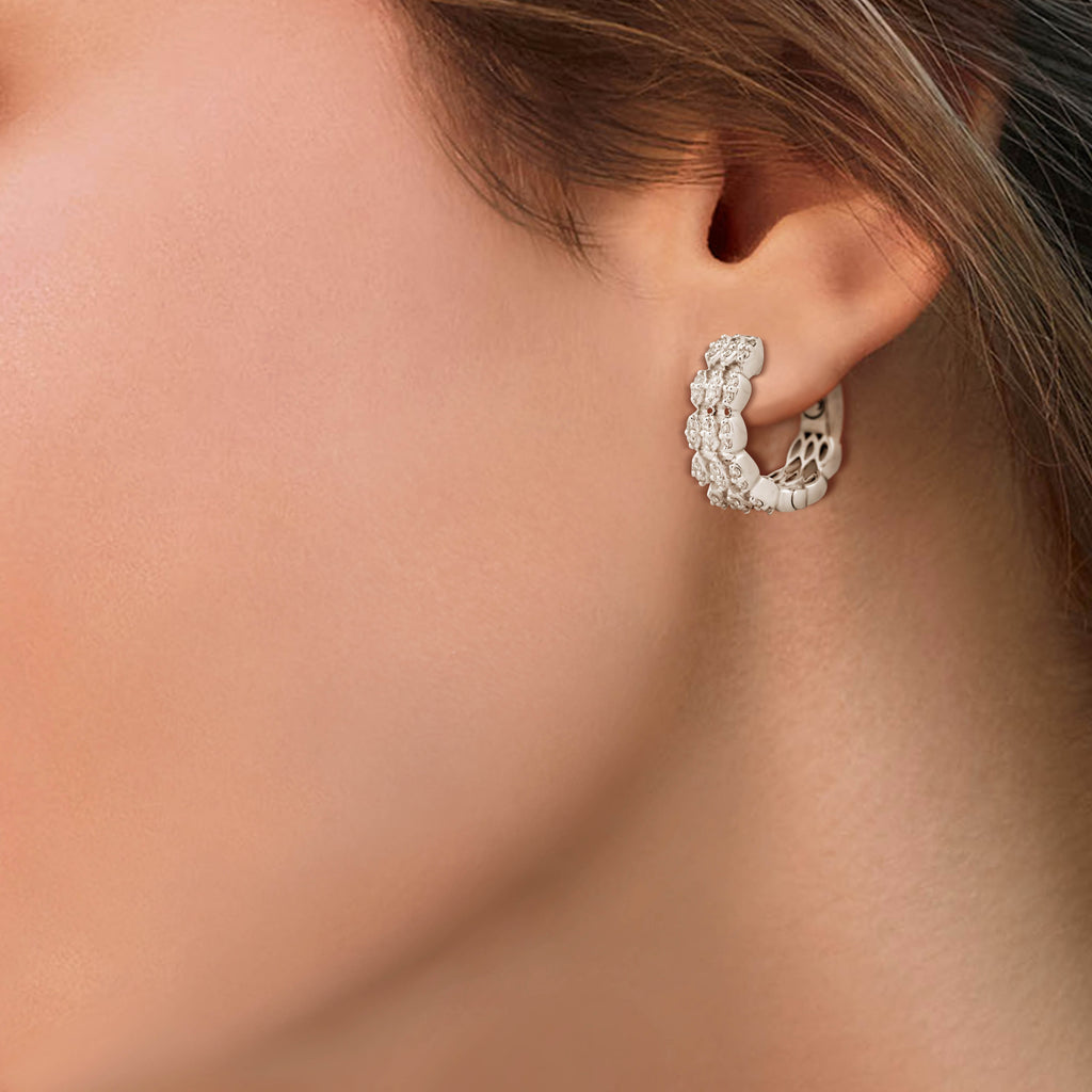 Circled Clincher Diamond Earrings