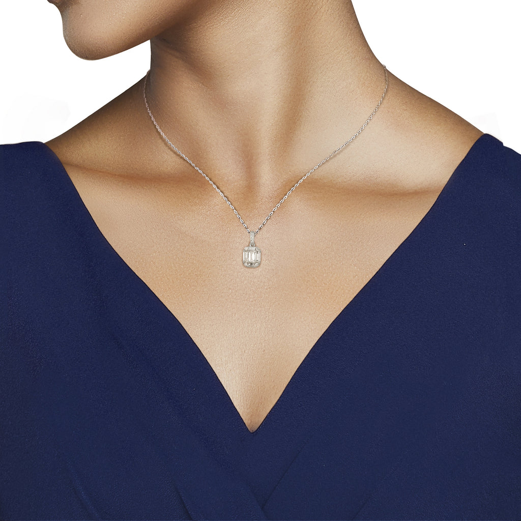 Clara Essential Diamond Pendant