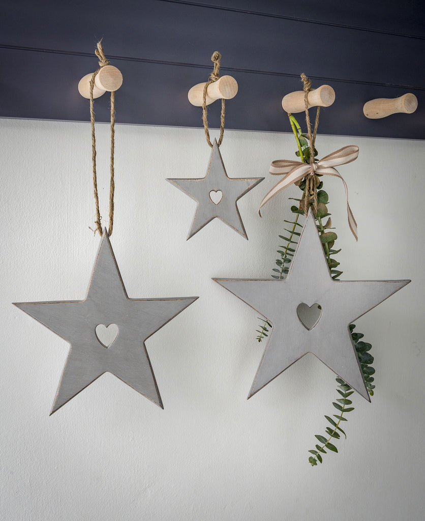 Set of 3 Mango wood grey stars