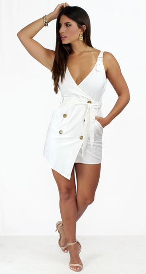 Visual Pursuit Tuxedo Off-White Dress