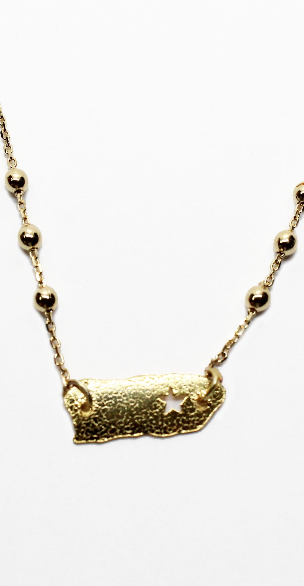 I'm from 100 x 35 Island Gold Necklace