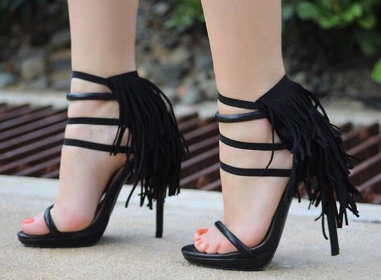 Black Fringes | Heel Condoms