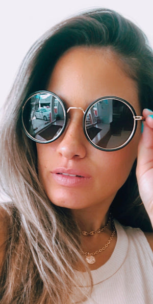 See It Through Gold & Black Round Sunglasses
