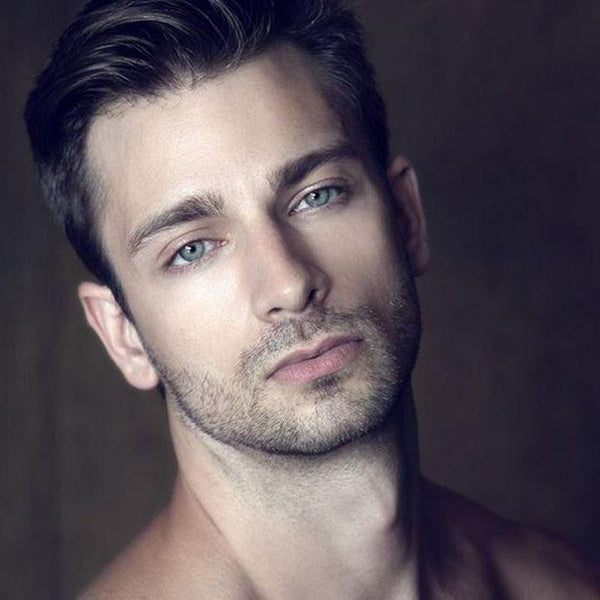 Men's natural blue eyes (12 months) contact lenses