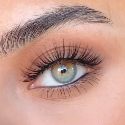 Natural mint green (12 months) contact lenses