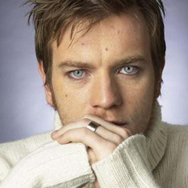 Men's light gray (12 months) contact lenses