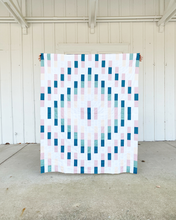 Load image into Gallery viewer, Iris Quilt Pattern