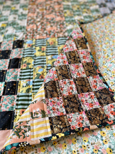 Maggie Pearl Crib Quilt