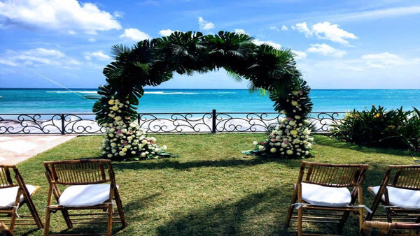 Flowers and Gazibos by Nuvo Destination Weddings