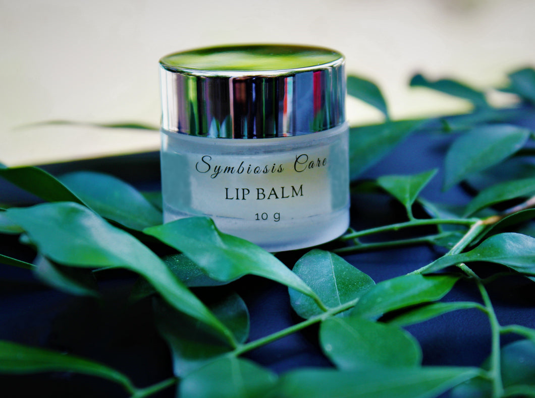 Our natural lip balm is made with powerful natural ingredients that help moisturise and protect your dry or cracked lips!