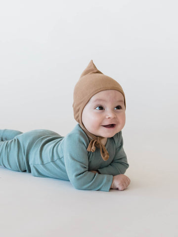 Quincy Mae Organic Ribbed Cotton Sea Copper Pixie Bonnet Hat Long Sleeve Onesie Legging Pant Baby