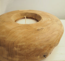 Load image into Gallery viewer, Round  Wooden Candle Bowl