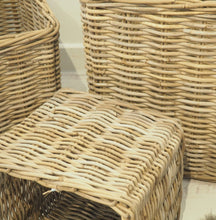 Load image into Gallery viewer, Square Natural Wicker Basket - Medium
