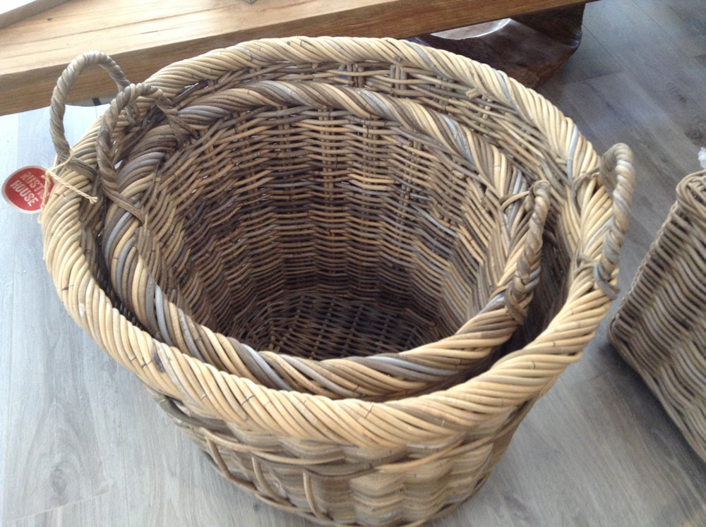 Natural Wicker Oval Basket (Set Of 2)