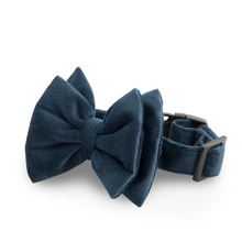 Petsy Amaya Dog Bow Tie & Strap - Bottle Green