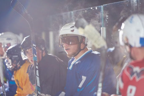 With the SuperDeker, improving your puck handling skills is easy with patented light-up hockey skills technology.