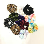 Load image into Gallery viewer, Zipper Scrunchie - KaraMarie Boutique