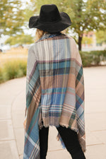 Load image into Gallery viewer, Nacho Basic Poncho in Light Gray