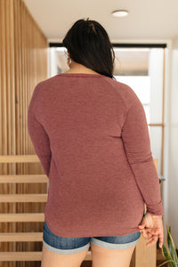 Super Simple Long Sleeve Tee in Burgundy