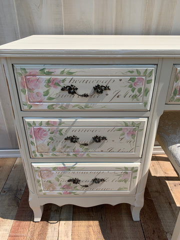 Hand Painted Vintage Furniture by Cookie, Shabby Rustic chic Famhouse