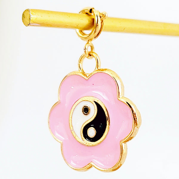 NEW ! Charm the Yin & the Yang