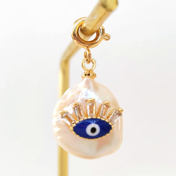 Charm Perfect Eye On Pearl