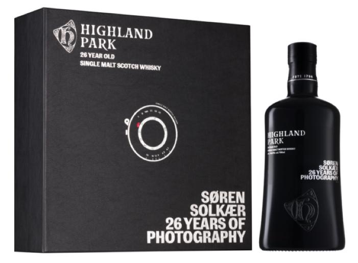 Highland Park - Søren Solkær 26 Years Of Photography - Vine0nline