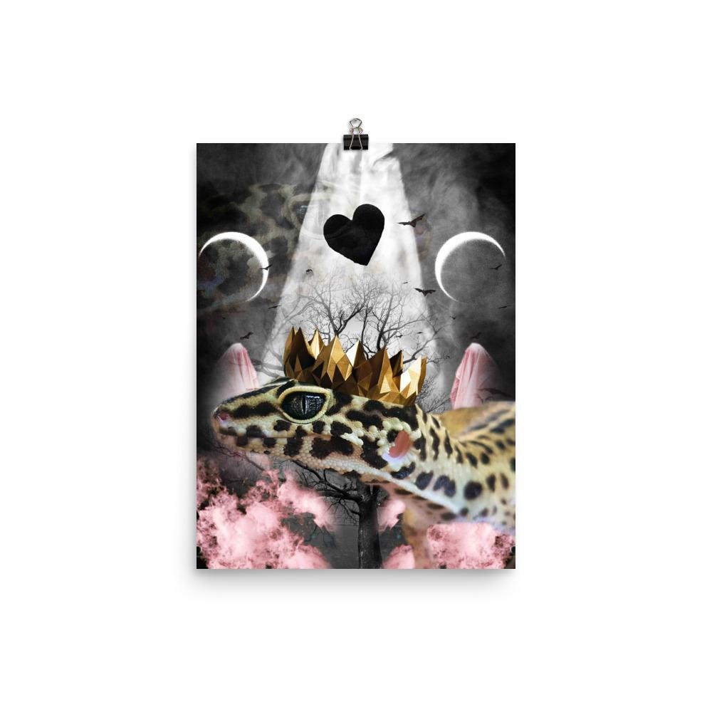 RandomGalaxy 12×16 Goth Leopard Gecko With Crown Head Piece Poster