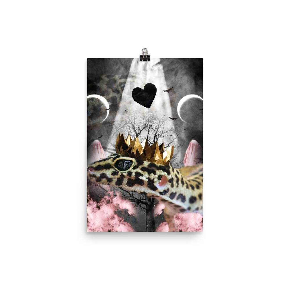 RandomGalaxy 12×18 Goth Leopard Gecko With Crown Head Piece Poster