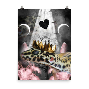 RandomGalaxy 18×24 Goth Leopard Gecko With Crown Head Piece Poster