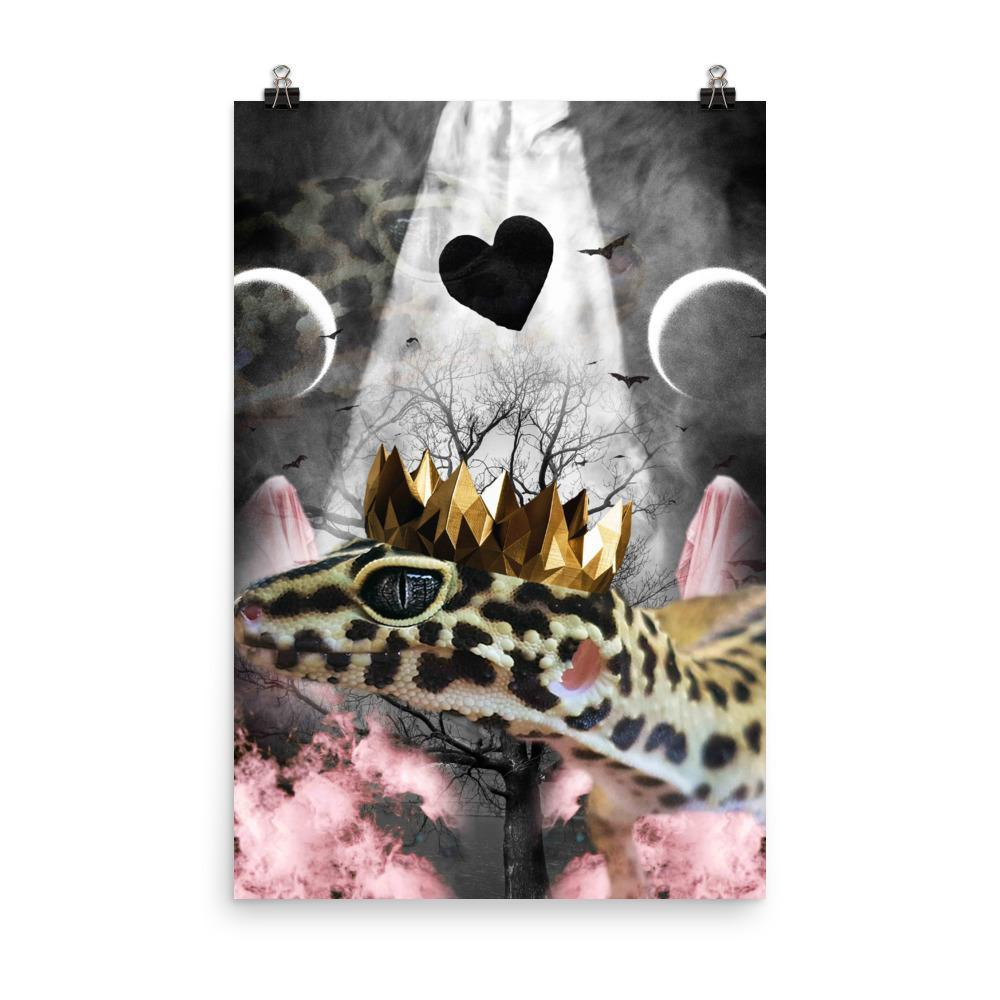 RandomGalaxy 24×36 Goth Leopard Gecko With Crown Head Piece Poster