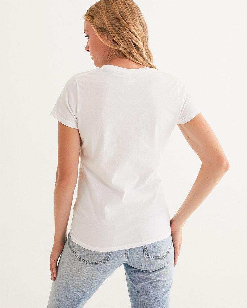 """NARDO Organic Conversation #Entanglement"" Women Eco-friendly Graphic Tee"