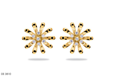 Fascinating Floral Diamond Earring