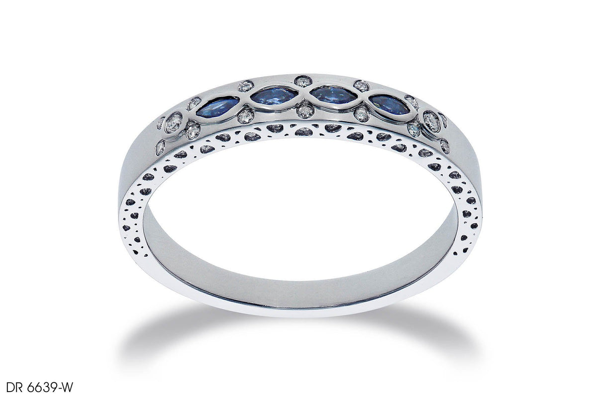 Classic Royal Diamond Wedding Band In 18k White Gold