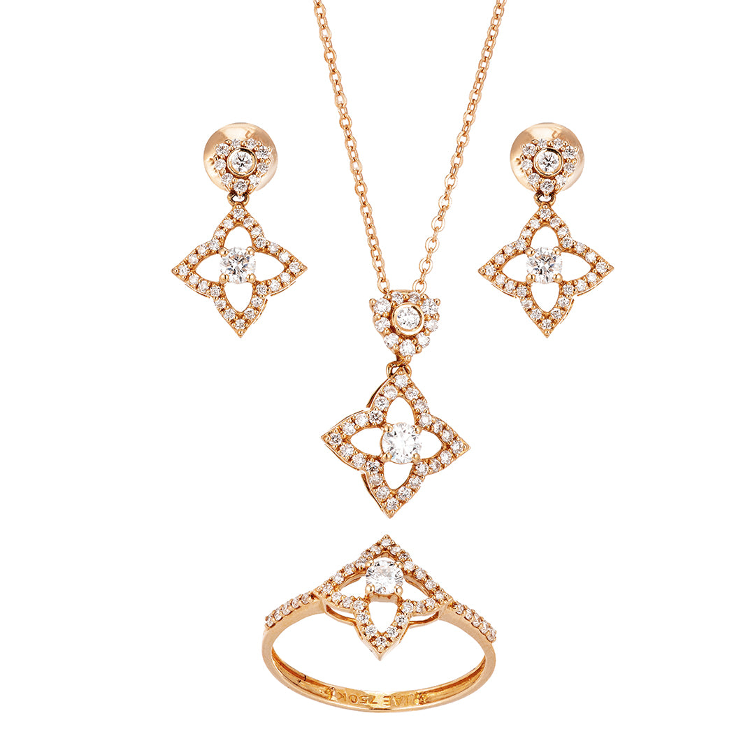 Star-Shaped Composite Diamond Half-Set In 18K Gold