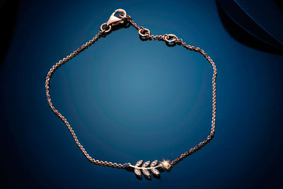 Chained Leaf Gold Bracelet