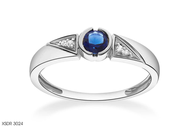 Charming Round Cut Blue Sapphire Diamond Ring