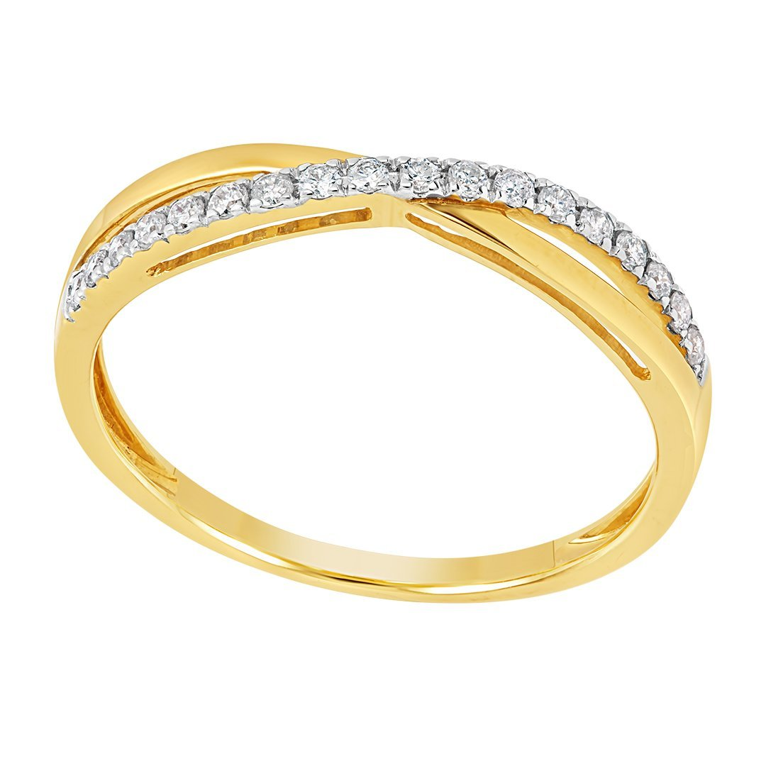 Overlapping Diamond Band Gold Ring