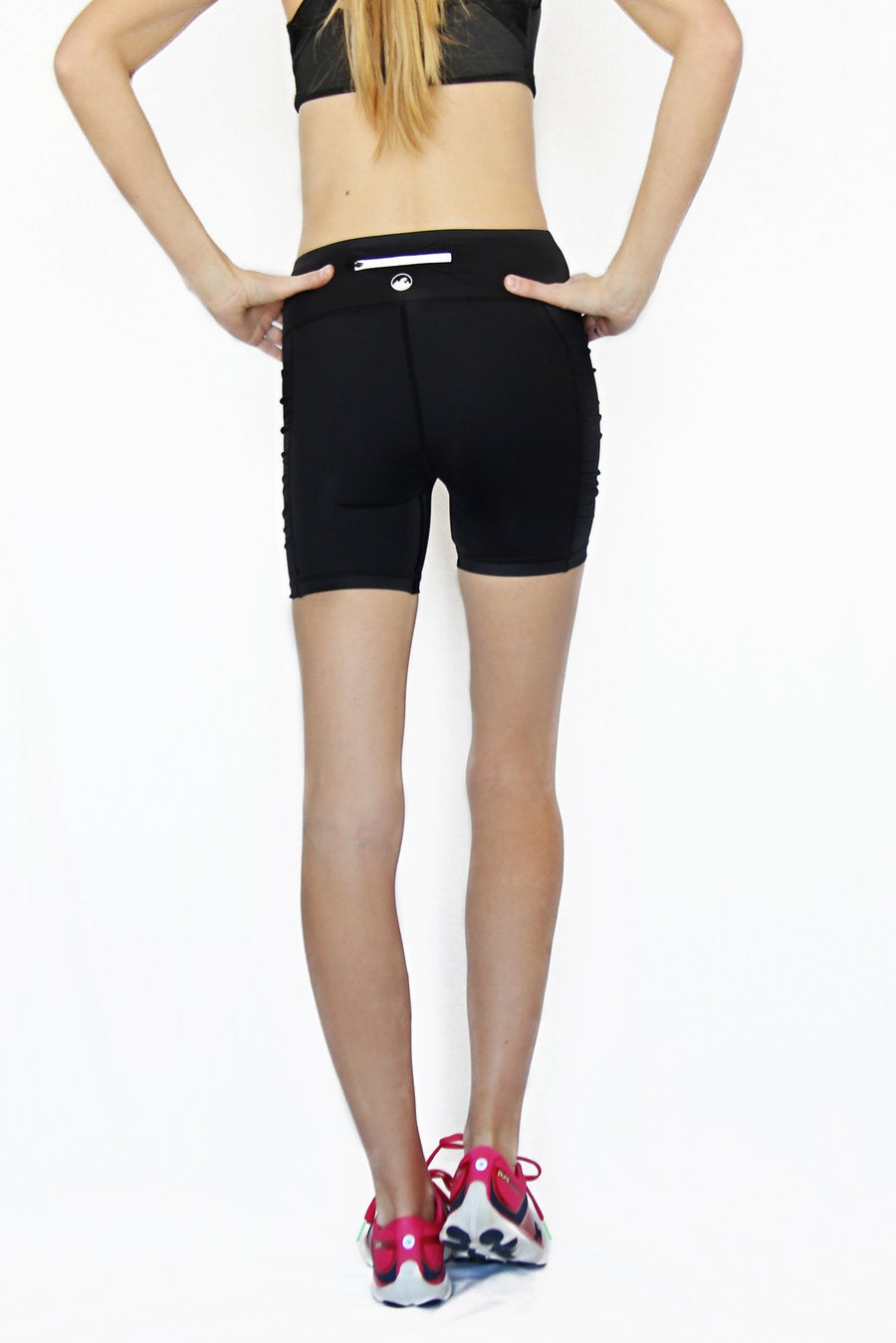 Pocket Short - Black 5 inch