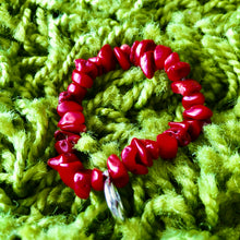 Load image into Gallery viewer, Red Coral healing bracelet