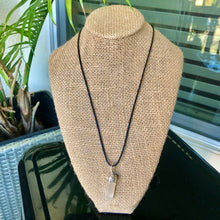 Load image into Gallery viewer, Selenite Necklace