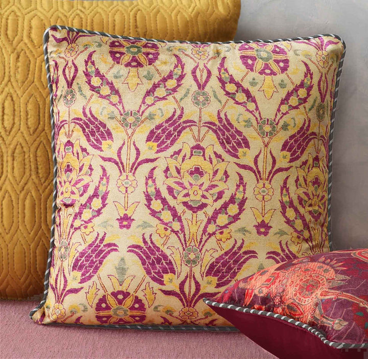 Anatolia Tulip Cushion Cover