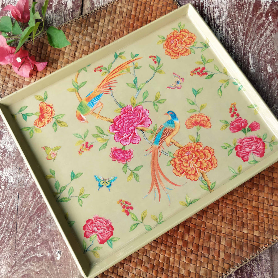 Serenade Enamel Tray - Cream