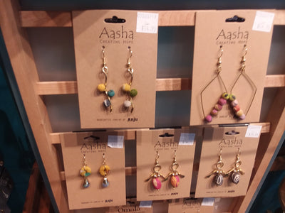 Jewelry and Handbags Store photos