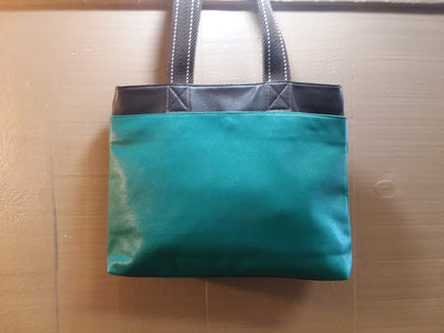 Brand: Chala / Style: Zip Tote