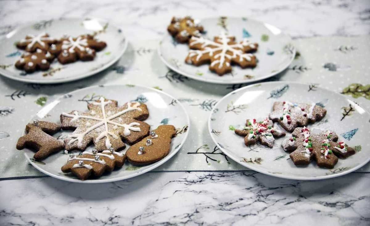 Photo of snowflake ginger cookies