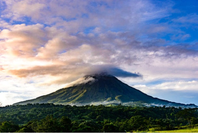 The 10 Most Impressive Active Volcanoes Around the World
