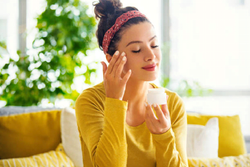 What Determines a Good Face Cream? | Face Cream Comparisons